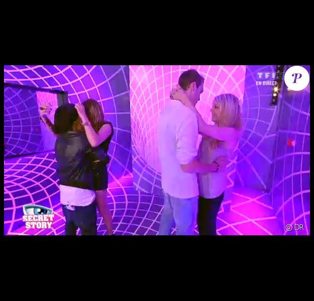 Margaux et Julien retrouvent leurs compagnes respectives dans l'hebdo de Secret Story 6 le vendredi 13 juillet 2012 sur TF1