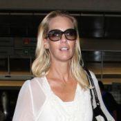 Jennie Garth, maigre mais souriante, rassure sur son état entourée de ses filles
