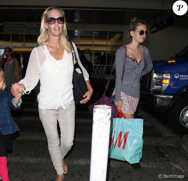 Jennie Garth, maigre, et ses trois files de retour à Los Angeles le 10 août 2012