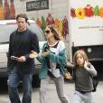 Sarah Jessica Parker, Matthew Broderick et leur fils James à New York, le 13 juin 2012. Le couple est également parent de jumelles, Marion et Tabitha, nées en juin 2009 via mère porteuse.