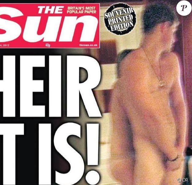 Le prince Harry nu en une de The Sun