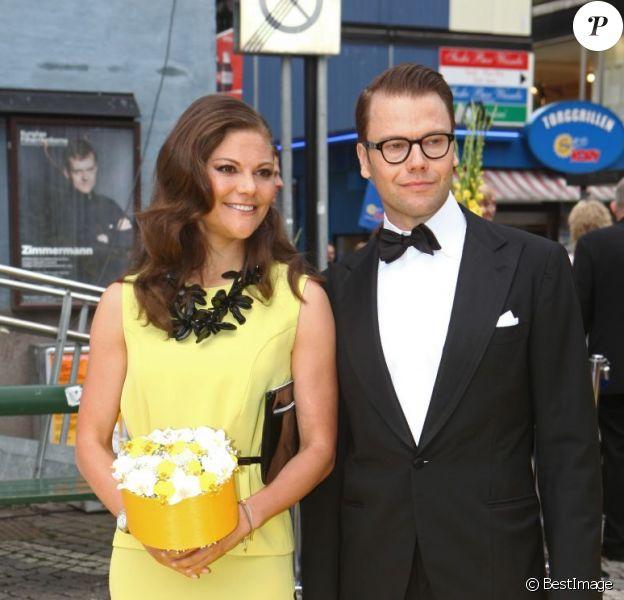 La princesse Victoria de Suède et le prince Daniel arrivant à la cérémonie du Polar Music Prize 2012, le 28 août 2012, à Stockholm.