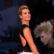 Mostra 2012 : Cécile de France, dos nu et plumes pour une Superstar