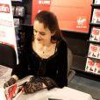 Amélie Nothomb signe son roman au Virgin Saint-Lazare, à Paris, le 5 septembre 2012.