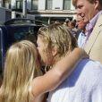 La princesse Maxima des Pays-Bas et sa fille Amalia après avoir nagé dans les canaux d'Amsterdam dans le cadre de l'Amsterdam City Swim, un événement qui vise à sensibiliser le grand public sur la maladie de Charcot le 9 septembre 2012