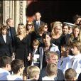 Obsèques de Jacques Martin à Lyon le 20 septembre 2007. Sur cette photo, Céline Martin est un peu en retrait, son fils Clovis tient la main de sa demi-soeur Judith (dont la maman est Cécilia Attias), sa fille Juliette est à droite.