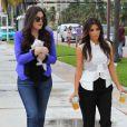 Khloe et Kim Kardashian à Miami, le 16 septembre 2012.