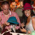Franck Ribery et sa femme Wahiba, à la recherche du chapeau idéal lors de l'Oktoberfest de Munich le 23 septembre 2012