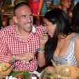 Franck Ribery et sa femme Wahiba, heureux lors de l'Oktoberfest de Munich le 23 septembre 2012