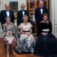 La princesse Ragnhild (à gauche) et son mari Erling Lorentzen (derrière elle) lors des 80 ans de la princesse Astrid (au centre).