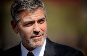 George Clooney filme Jean Dujardin : Un film de guerre avec Cate Blanchett ?