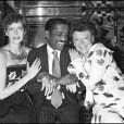Sylvia Kristel, Sammy Davis Jr. et Régine à Paris, le 30 juin 1981.