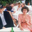 Sylvia Kristel et son fils Arthur au Festival de Cannes en 1990.