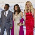 Pelé, sa compagne, Antonio Caliendo et Alessandra Canale lors de la céremonie du Golden Foot Award à Monaco le 17 Avril 2012 au Sporting de Monte-Carlo