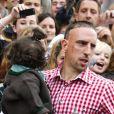 Franck Ribery et son fils Seif el Islam à Munich, le 7 octobre 2012.