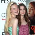 Elle Fanning, Alice Englert au AFI Fest 2012 pour la projection de  Ginger & Rosa , le 7 novembre 2012.