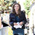 La délicieuse AnnaLynne McCord sur le tournage de 90210 à West Hollywood, le 12 novembre 2012 - Jessica Lowndes présente son nouveau chiot