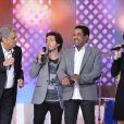 Enrico Macias et ses amis lors de l'enregistrement de l'émission Vivement Dimanche le 21 novembre 2012 - diffusion sur France 2 le 25 novembre