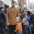 Le prince Felipe et la princesse Letizia, avec leurs filles Leonor et Sofia, visitaient le 25 novembre 2012 à l'hôpital Quiron San José de Madrid le roi Juan Carlos Ier après son arthroplastie à la hanche gauche.