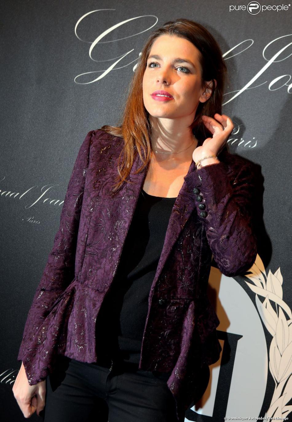 Charlotte Casiraghi lors de la soirée de gala de Graal Joaillier pour l'ouverture du 4e Gucci Masters, à Paris nord Villepinte, le 29 novembre 2012.
