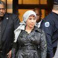 Nafissatou Diallo quitte le tribunal du Bronx à New York, le 10 décembre 2012. Un accord financier avec Dominique Strauss-Kahn vient d'être signé, mettant fin à 19 mois de procédure.