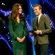 Kate Middleton et David Beckham, un tandem ultraglamour et très branché sport ! La duchesse de Cambridge prenait part dimanche 16 décembre 2012 à la cérémonie des BBC Sports Personality of the Year Awards 2012 à l'ExCel Arena de Londres. Son premier engagement depuis l'annonce de sa grossesse et son hospitalisation.