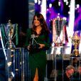 Kate Middleton, duchesse de Cambridge, dans une robe Alexander McQueen fendue, prenait part dimanche 16 décembre 2012 à la cérémonie des BBC Sports Personality of the Year Awards 2012 à l'ExCel Arena de Londres. Son premier engagement depuis l'annonce de sa grossesse et son hospitalisation.