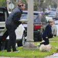 Exclusif - Gavin Rossdale et son fils Kingston rendent visite aux parents de Gwen Stefani. Los Angeles, le 16 décembre 2012.