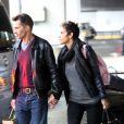 Halle Berry et Olivier Martinez arrivent à l'aéroport de Roissy Charles De Gaulle, le 22 décembre 2012, à Paris. Halle Berry va passer Noel dans la famille d' Olivier Martinez sans sa fille Nahla qui est restée aux Etats-Unis avec son père Gabriel Aubry.