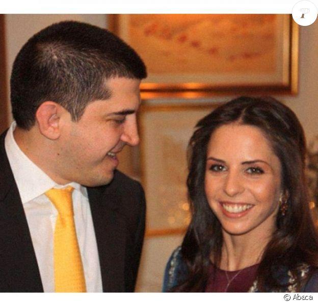 La princesse Iman de Jordanie (Iman Bint Al Hussein), fille de feu le roi Hussein et de la reine Noor, avec son fiancé Zeid Mirza à Amman le 20 décembre 2012. Leur mariage aura lieu en mars 2013.