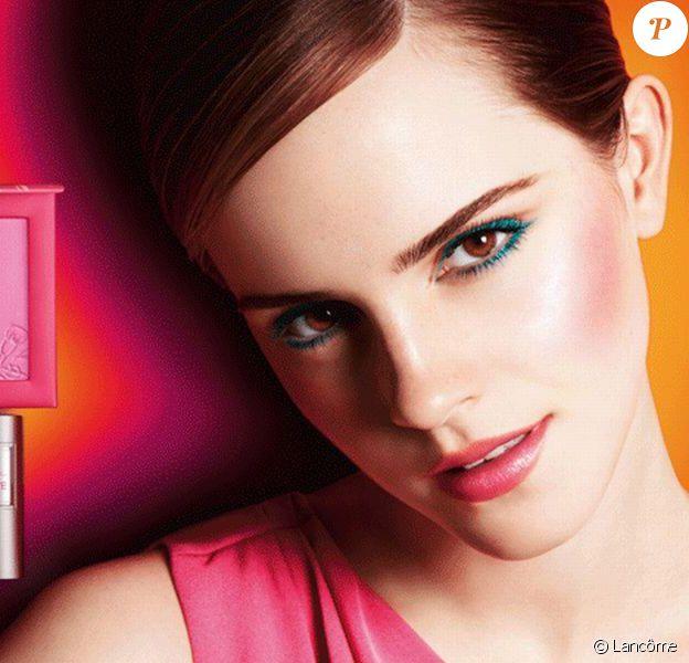 Emma Watson continue sa collaboration avec Lancôme. Elle pose ici pour la collection in Love pirntemps-été 2013.