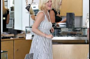PHOTOS : Tori Spelling, shopping en amoureux et toujours sans les enfants !