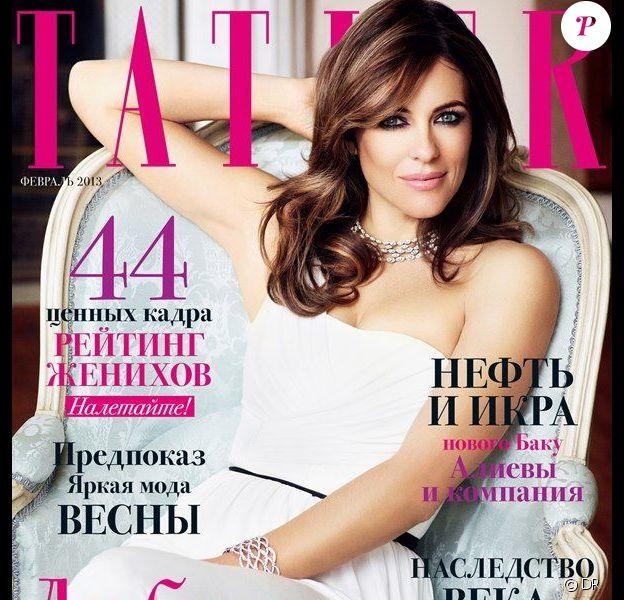 Elizabeth Hurley figure en couverture du magazine Tatler Russia de février 2013.