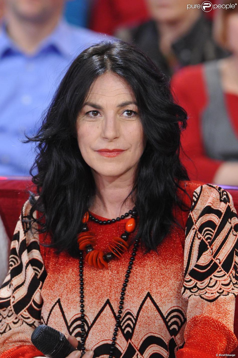 """Lio à l'enregistrement de l'émission """"Vivement Dimanche"""", le 23 Janvier 2013."""