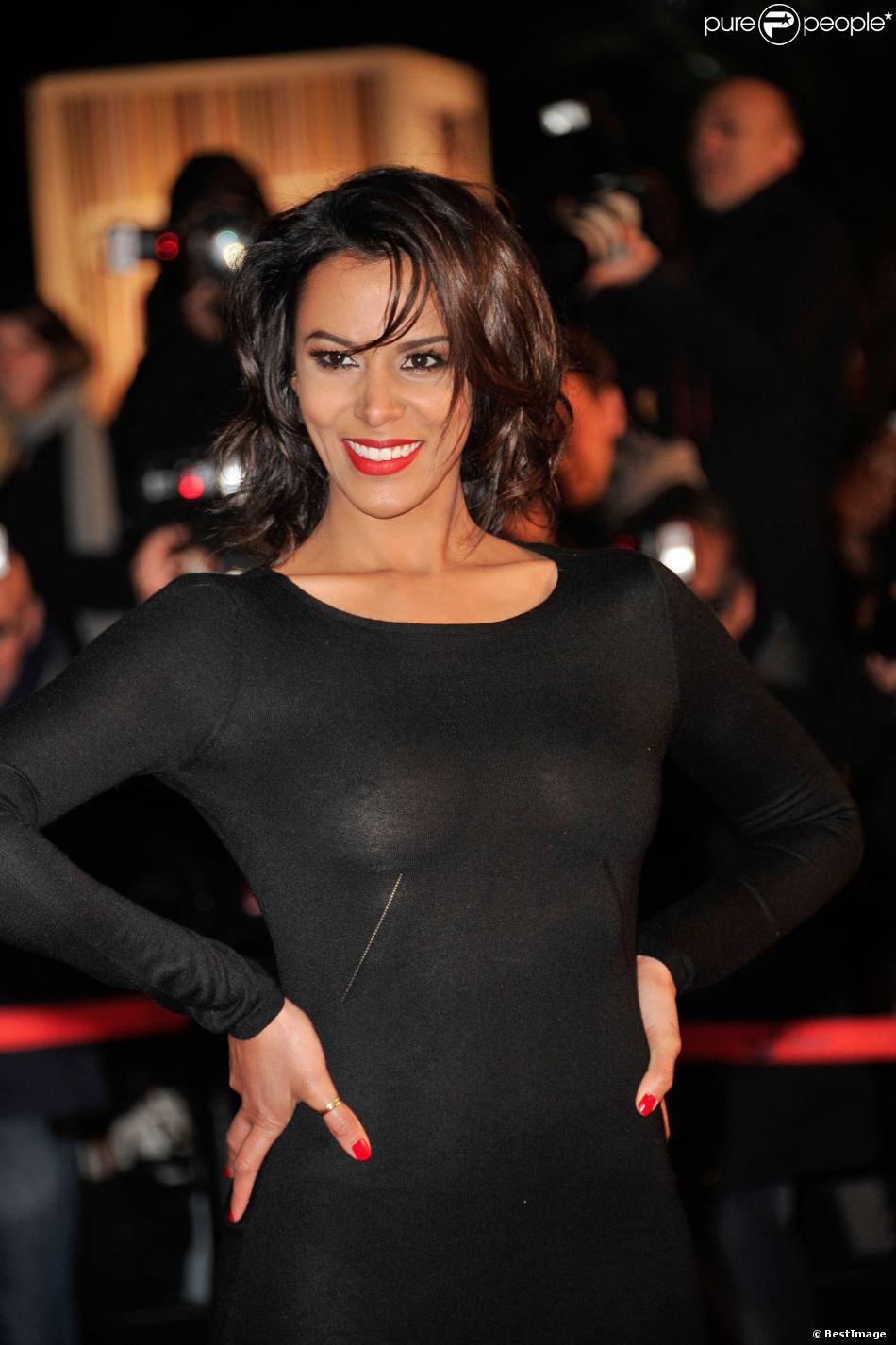 Shy'm sur le tapis rouge de la 14e édition des NRJ Music Awards au Palais des Festivals à Cannes le 26 Janvier 2013