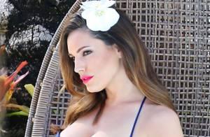 Kelly Brook : En bikini et petites robes, la voluptueuse Anglaise prépare l'été