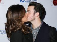 Kevin Jonas et sa femme Danielle : Baiser timbré pour la Saint-Valentin