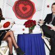 Kevin Jonas et sa femme Danielle, lors de la présentation du timbre spécial Saint-Valentin par la poste américaine, à New York, le 5 février 2013.