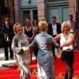 Le groupe ABBA réuni pour la première fois depuis 22 ans, les chanteuses dansent avec Meryl Streep