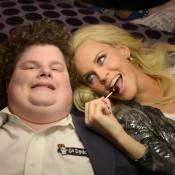 Jenny McCarthy s'offre le geek du Super Bowl pour la première de son late show