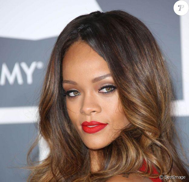 La jolie Rihanna - 55e cérémonie des Grammy Awards à Los Angeles le 10 février 2013.