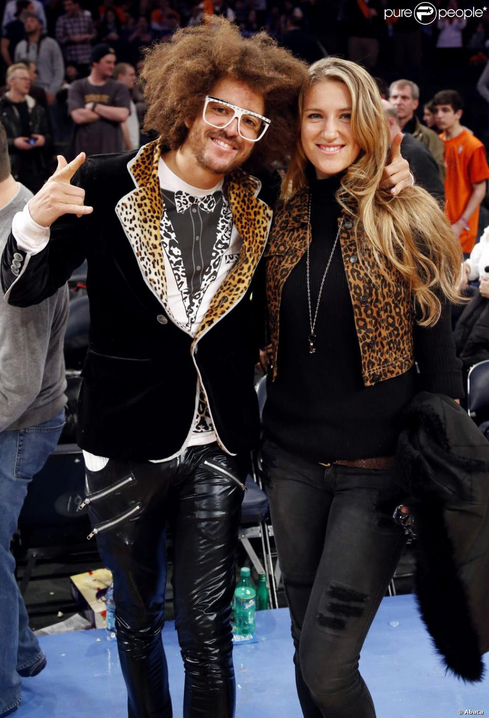 Victoria Azarenka et RedFoo, deux amoureux lors du match entre les Knicks de New York et le Heat de Miami à New York le 3 mars 2013