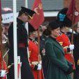 """""""Kate Middleton (enceinte), duchesse de Cambridge, et le prince William assistent a la parade de la St Patrick à Mons Barracks, Aldershot, le 17 mars 2013."""""""