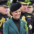"""""""La superbe Kate Middleton affiche son baby bum et rayonne à la Saint Patrick à Mons Barracks à Aldershot, le 17 mars 2013"""""""