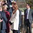 Kate Middleton, duchesse de Cambridge, enceinte de près de six mois, accompagnait son époux le prince William en visite sur un site de l'association Child Bereavement UK à Saunderton, dans le Buckinghamshire, le 19 mars 2013.