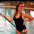 Laure Manaudoun sublime pour présenter sa collection de maillots de bain pour Swind by Topsec