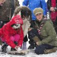 Kate Middleton, duchesse de Cambridge, enceinte de près de six mois, prenait part à un entraînement de bénévoles de l'Association des Scouts au Great Tower Scout Camp près de Newby Bridge, en Cumbrie (nord-ouest de l'Angleterre), le 22 mars 2013.