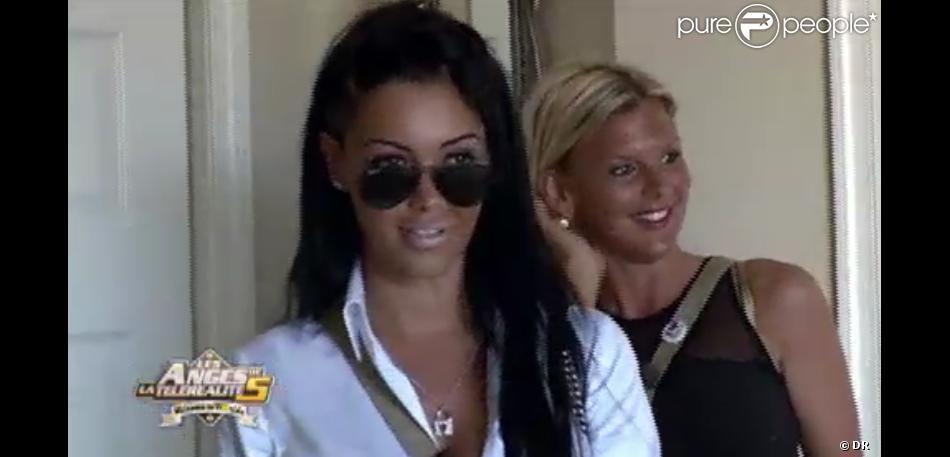 Amélie et Nabilla dans Les Anges de la télé-réalité 5 sur NRJ 12 le mercredi 27 mars 2013