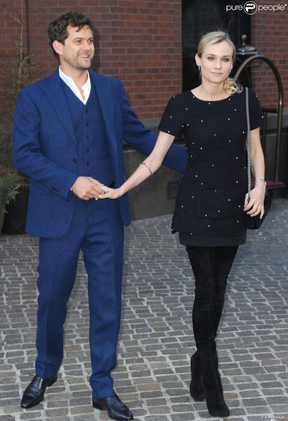 Joshua Jackson et sa compagne Diane Kruger lors de la projection du film Les Ames Vagabondes (The Host) à New York le 27 mars 2013.