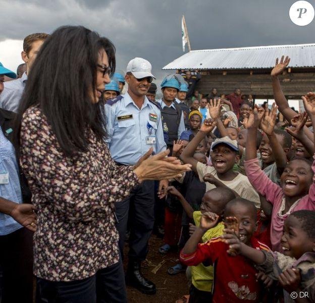 """Yamina Benguigui, ministre déléguée chargée de la Francophonie, s'est rendue à Goma à l'Est de la République démocratique du Congo le 15 octobre 2012 pour dénoncer les viols pratiqués comme """"arme de guerre"""" par des groupes armés dans cette région"""